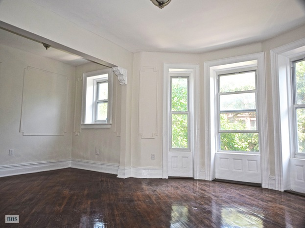 Bainbridge Street, Brooklyn, New York, $2,400, Web #: 15136441