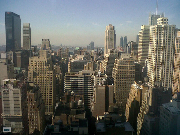 Fifth Avenue, Midtown East, NYC, $4,500, Web #: 1555705
