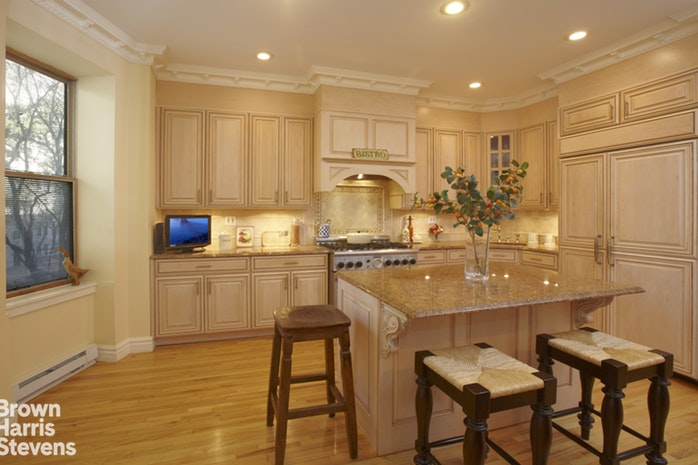 20 West 90th Street D, Upper West Side, NYC, $2,695,000, Web #: 15632311