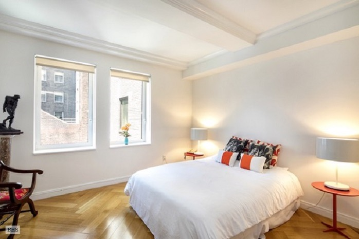 160 Central Park South, Midtown West, NYC, $5,950, Web #: 15803553