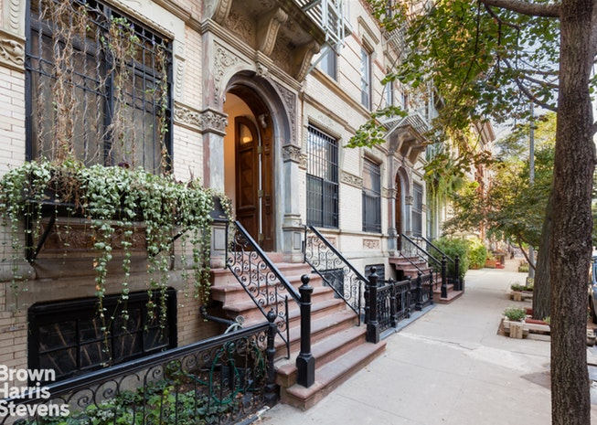 257 East 7th Street 6, Lower East Side, NYC, $690,000, Web #: 15826587