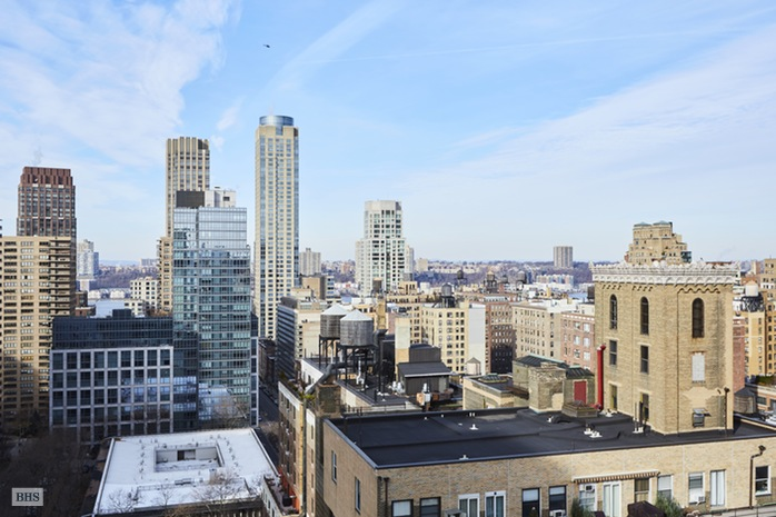 2025 Broadway, Upper West Side, NYC, $725,000, Web #: 15944905