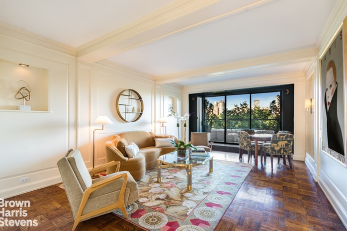 860 Fifth Avenue 9H, Upper East Side, NYC, $4,250,000, Web #: 16019921