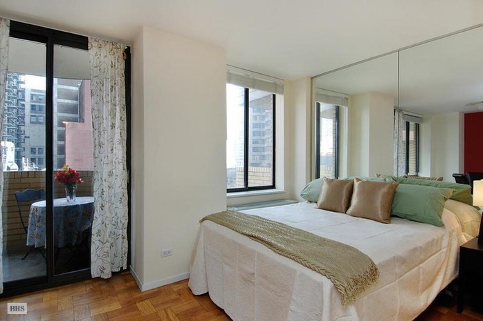311 East 38th Street 4E, Midtown East, NYC, $2,575, Web #: 16151828