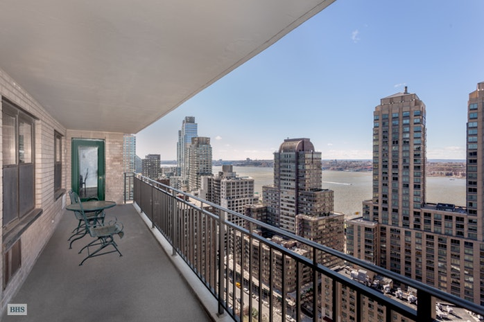 165 West End Avenue 27D, Upper West Side, NYC, $1,750,000, Web #: 16307921
