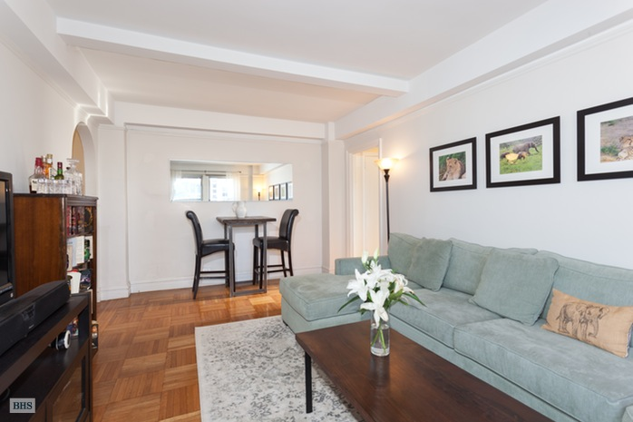 235 West End Avenue 16E, Upper West Side, NYC, $3,995, Web #: 16314042