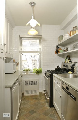 7 Lexington Avenue, Flatiron/Gramercy Park, NYC, $4,975, Web #: 16357814