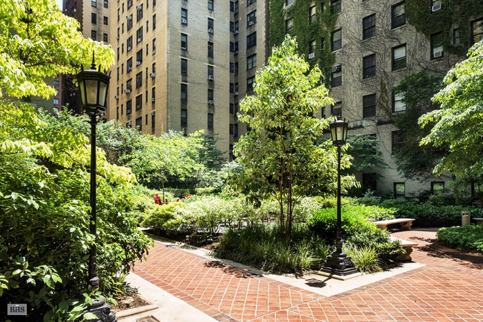 210 West 90th Street 6B, Upper West Side, NYC, $4,400,000, Web #: 16369481