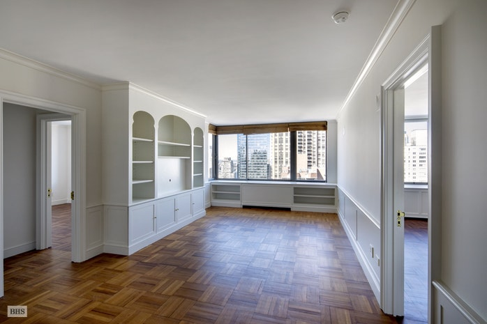 111 West 67th Street 31C, Upper West Side, NYC, $2,350,000, Web #: 16383854