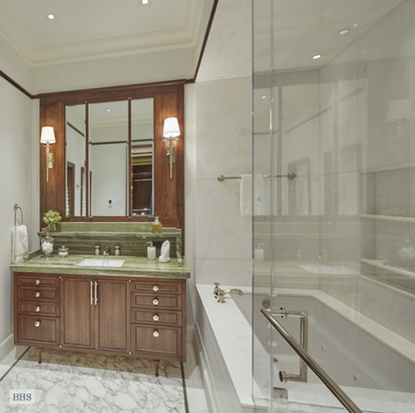390 West End Avenue 2Lm2ks, Upper West Side, NYC, $49,950, Web #: 16385055