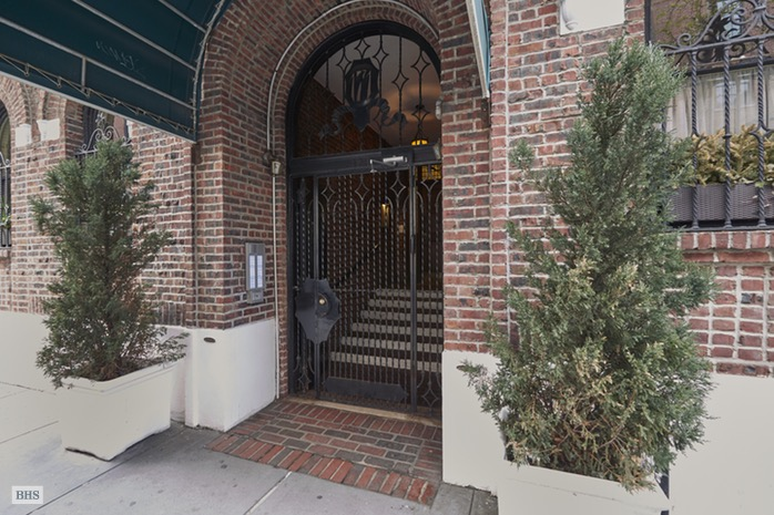 171 West 12th Street 4A, Central Village, NYC, $1,875,000, Web #: 16517204