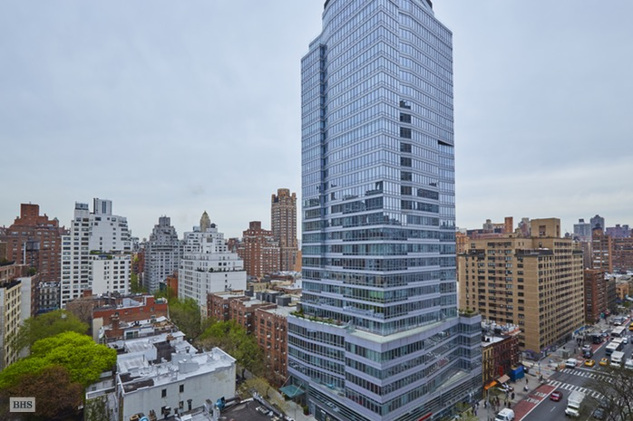 300 East 74th Street, Upper East Side, NYC, $1,100,000, Web #: 16552680