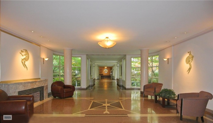 333 West 57th Street, Midtown West, NYC, $980,000, Web #: 16601094