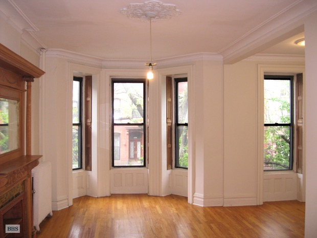 7th Street, Brooklyn, New York, $4,500, Web #: 16632844