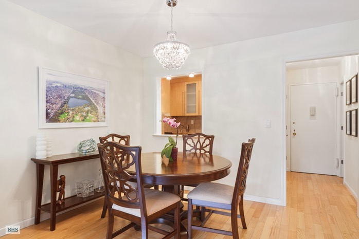 10 West 66th Street, Upper West Side, NYC, $1,090,000, Web #: 16680640