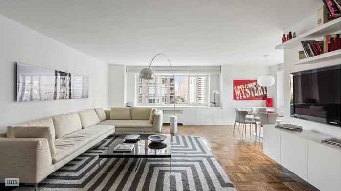 166 East 63rd Street 10G, Upper East Side, NYC, $2,250,000, Web #: 16720656