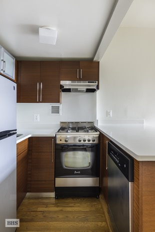 184 Thompson Street, Greenwich Village/NOHO/Little Italy, NYC, $750,000, Web #: 16726668