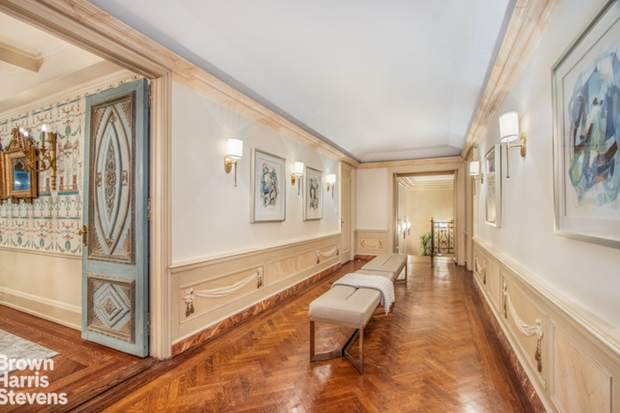 50 East 77th Street 5A, Upper East Side, NYC, $5,995,000, Web #: 16846657