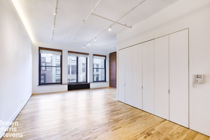 16 East 17th Street 5Flr, Flatiron, NYC, $3,250,000, Web #: 17009409