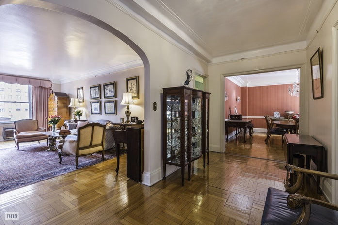 1192 Park Avenue, Upper East Side, NYC, $3,395,000, Web #: 17103783