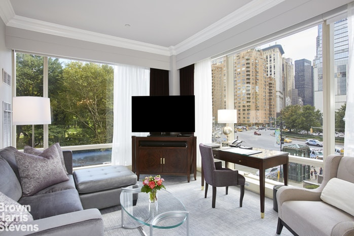 1 Central Park West 308, Upper West Side, NYC, $1,995,000, Web #: 17269259