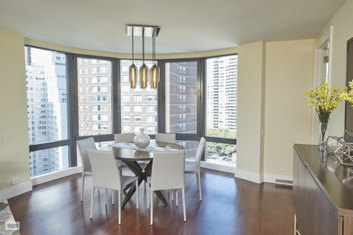 155 West 70th Street 14D, Upper West Side, NYC, $2,600,000, Web #: 17328976