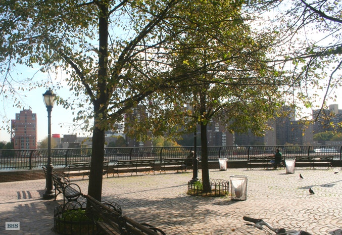 530 East 72nd Street 10A, Upper East Side, NYC, $887,000, Web #: 17354390