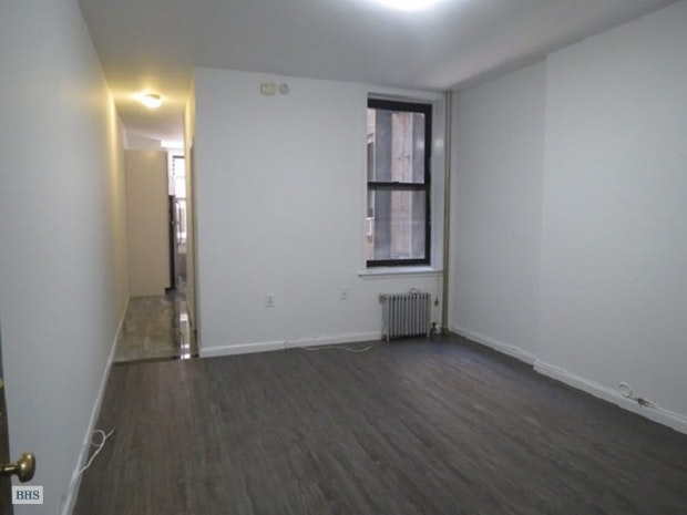 492 Amsterdam Avenue 2N, Upper West Side, NYC, $3,695, Web #: 17391979