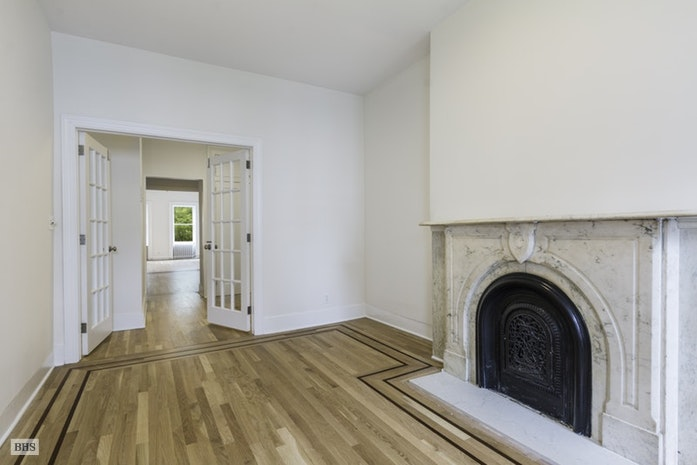 355 West 22nd Street, Greenwich Village/Chelsea, NYC, $5,495, Web #: 17392195