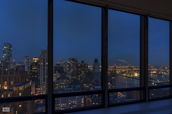 860 United Nations Plaza 31 32C, Midtown East, NYC, $3,900,000, Web #: 17409963