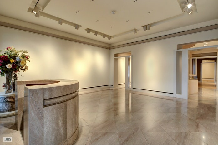 11 East 70th Street Gallery, Upper East Side, NYC, $16,750,000, Web #: 17418678