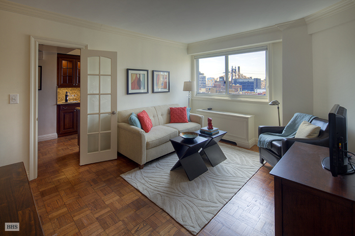 401 East 65th Street, Upper East Side, NYC, $1,300,000, Web #: 1742915