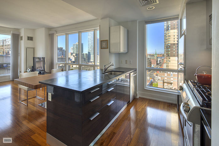 West 42nd Street, Midtown West, NYC, $4,500, Web #: 1743347
