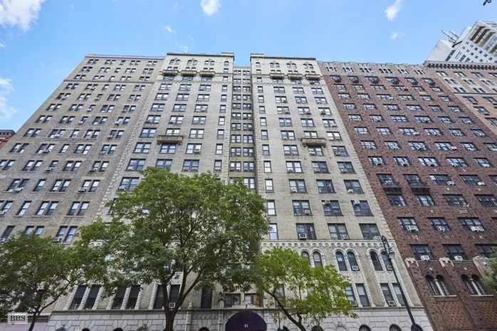 41 West 72nd Street 14D, Upper West Side, NYC, $2,499,000, Web #: 17459578