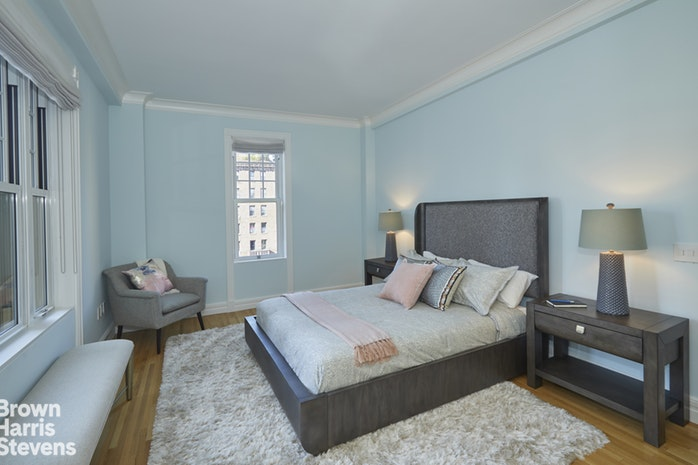 150 East 72nd Street 9S, Upper East Side, NYC, $5,750,000, Web #: 17461208