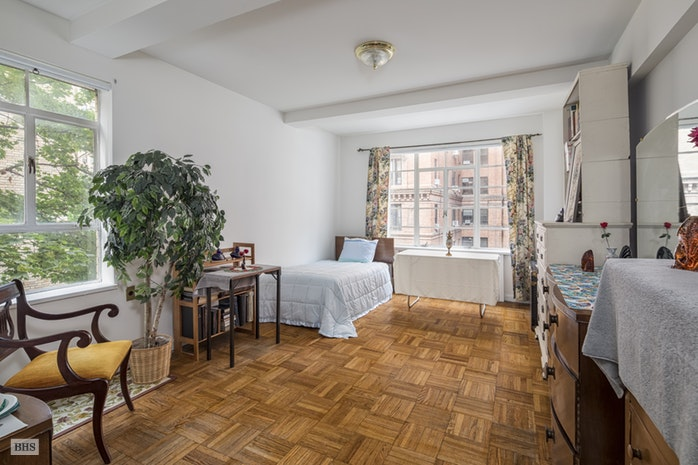 315 West End Avenue 4C, Upper West Side, NYC, $1,500,000, Web #: 17462548