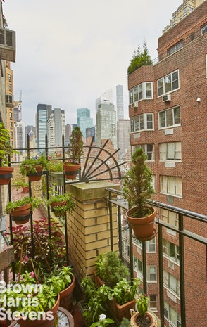 2 Beekman Place 10Ag 11Ab, Midtown East, NYC, $4,050,000, Web #: 17477190