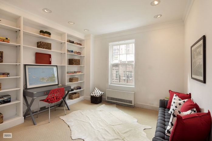 53 East 66th Street 6B, Upper East Side, NYC, $3,800,000, Web #: 17500971