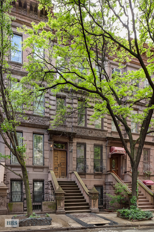 West 71st Street, Upper West Side, NYC, $4,250,000, Web #: 1750652