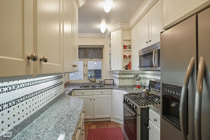36 Sutton Place South 9A, Midtown East, NYC, $1,250,000, Web #: 17519701