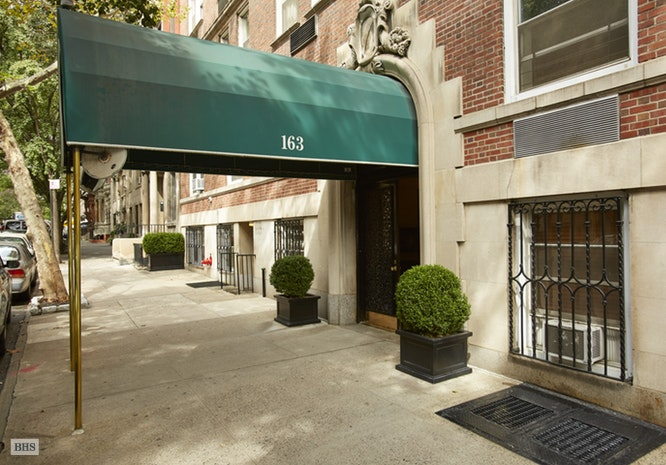 163 East 81st Street 1Cd, Upper East Side, NYC, $2,395,000, Web #: 17521655