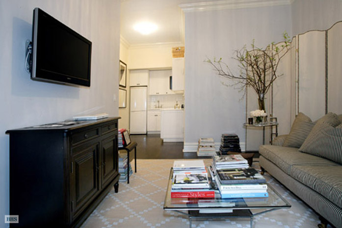 West 16th Street, Greenwich Village/Chelsea, NYC, $3,350, Web #: 1754461