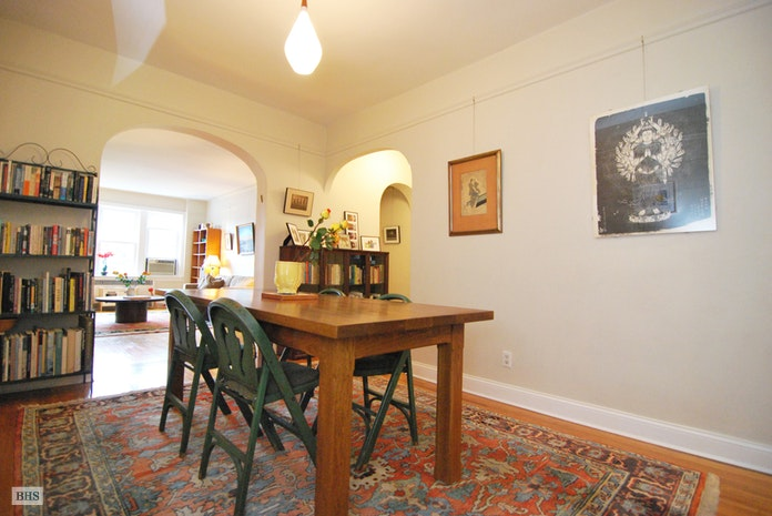 85  10 34th Ave 426, Jackson Heights, New York, $615,000, Web #: 17581737