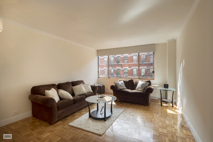 393 West 49th Street 3B, Midtown West, NYC, $845,000, Web #: 17596580