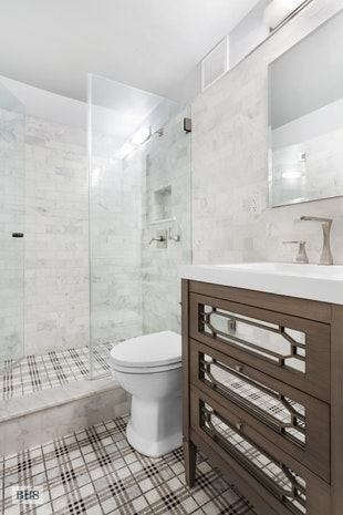 112 West 56th Street, Midtown West, NYC, $999,000, Web #: 17660128
