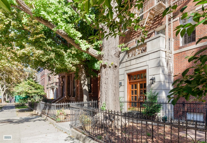 451 Clinton Avenue 5B, Brooklyn, New York, $1,434,000, Web #: 17667254