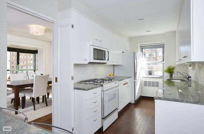 150 East 69th Street 8Q, Upper East Side, NYC, $2,315,000, Web #: 17690744