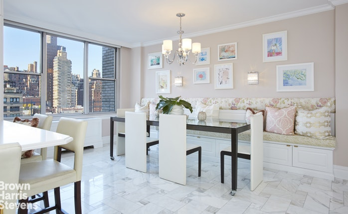 169 East 69th Street 13A, Upper East Side, NYC, $2,350,000, Web #: 17703880