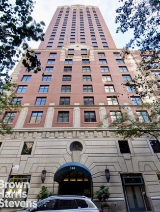 188 East 70th Street 17A, Upper East Side, NYC, $1,995,000, Web #: 17710012