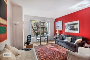 200 EAST 69TH STREET 3S